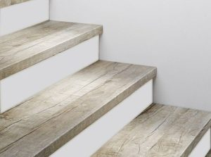 Tilo Treppenstufen 2x eingeschlagen